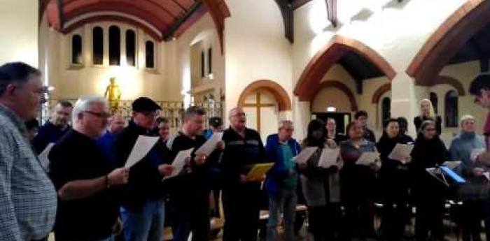 Embedded thumbnail for The Choir with No Name South London sings David Bowie
