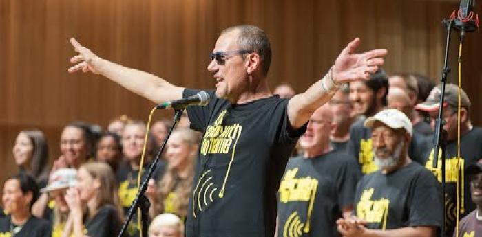 Embedded thumbnail for CWNN Birmingham sing Mr Blue Sky